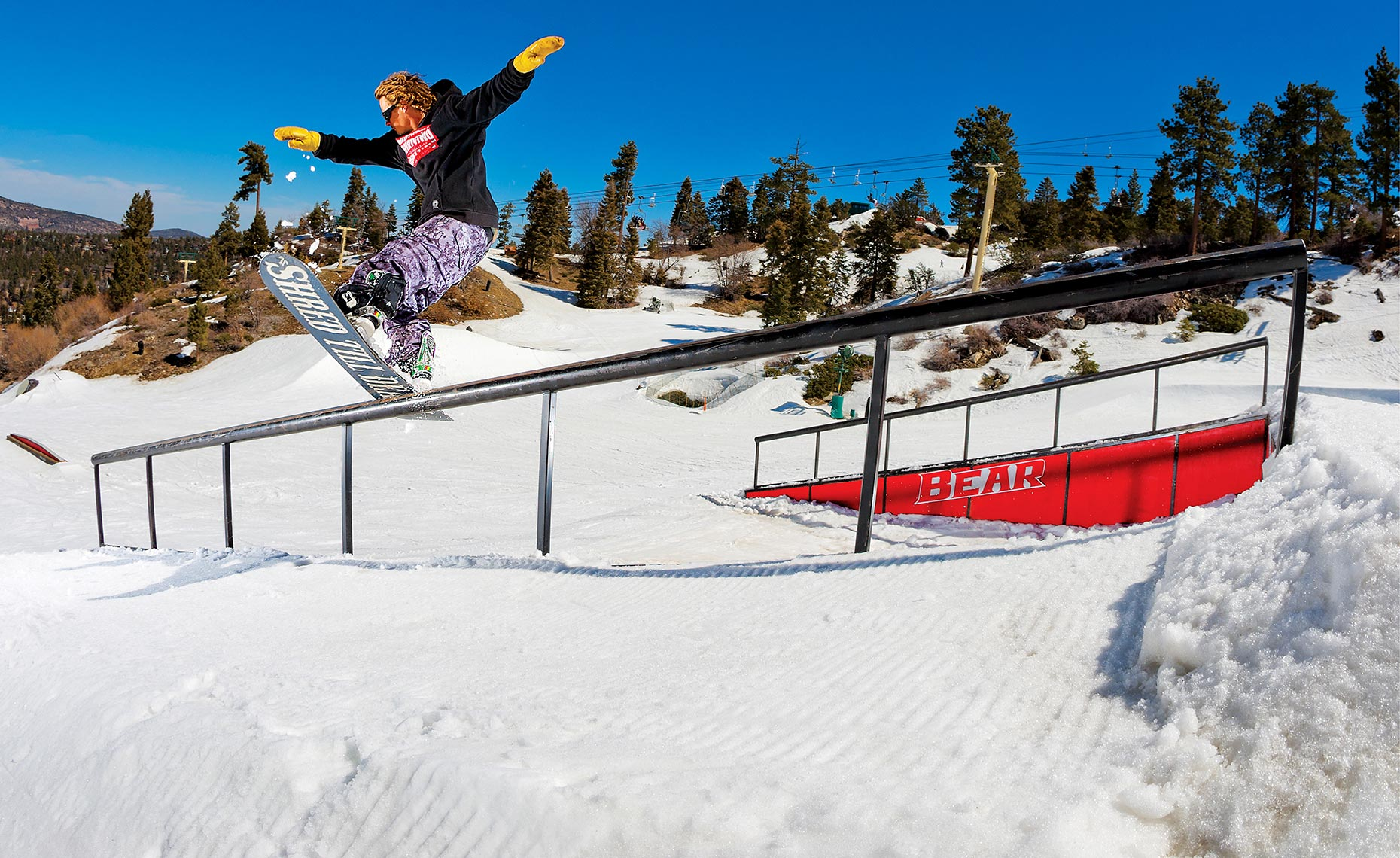 24_Chris_Bradshaw_Bear_Mtn_California_Park_Sessions_Snowboarding_Chris_Wellhausen_Photography.JPG