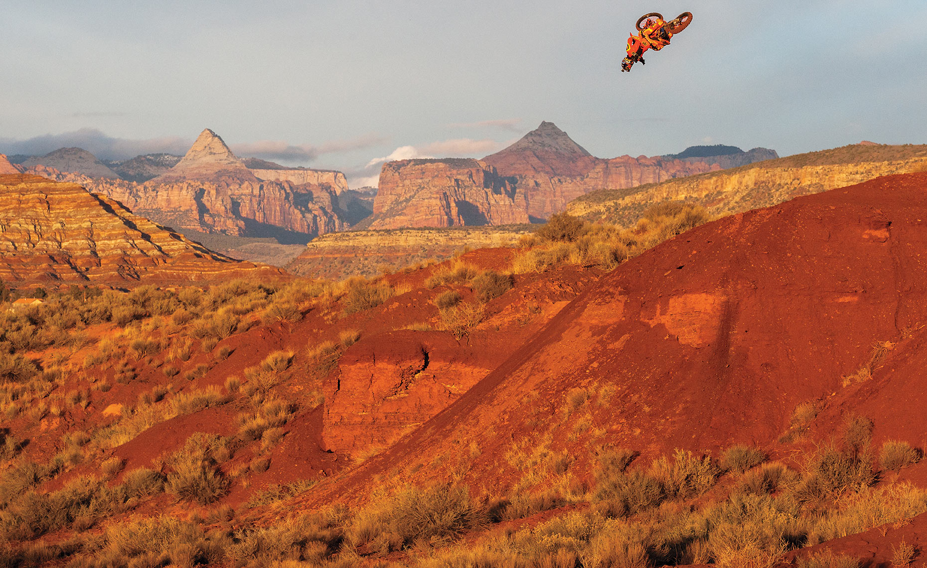 Cam_McCaul_Ronnie_Renner_Fox_Virgin_Utah_Rampage_Chris_Wellhausen_03